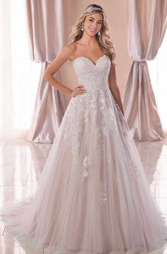 de3c998b6caa Stella York Gowns at Brides To Be