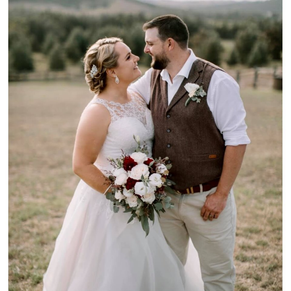 Real Brides Wearing Stella York: Category: Ashleigh Faber